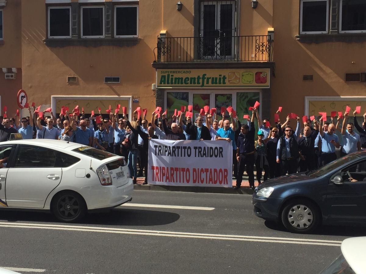 """El PP pide al Tripartito que no vuelva a crear otro """"lío innecesario"""" con el taxi a cuenta de los díaslibres"""