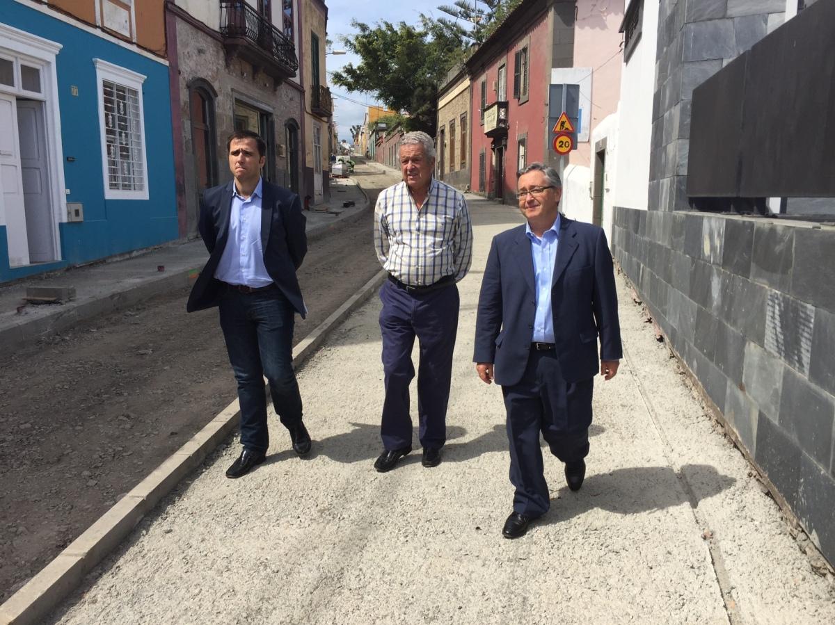 """El  Grupo Popular  señala que el """"disparate de gestión"""" del Tripartito en la GC 111 de Tafira vuelve a provocar un nuevo desencuentro con los empresarios de laCiudad"""