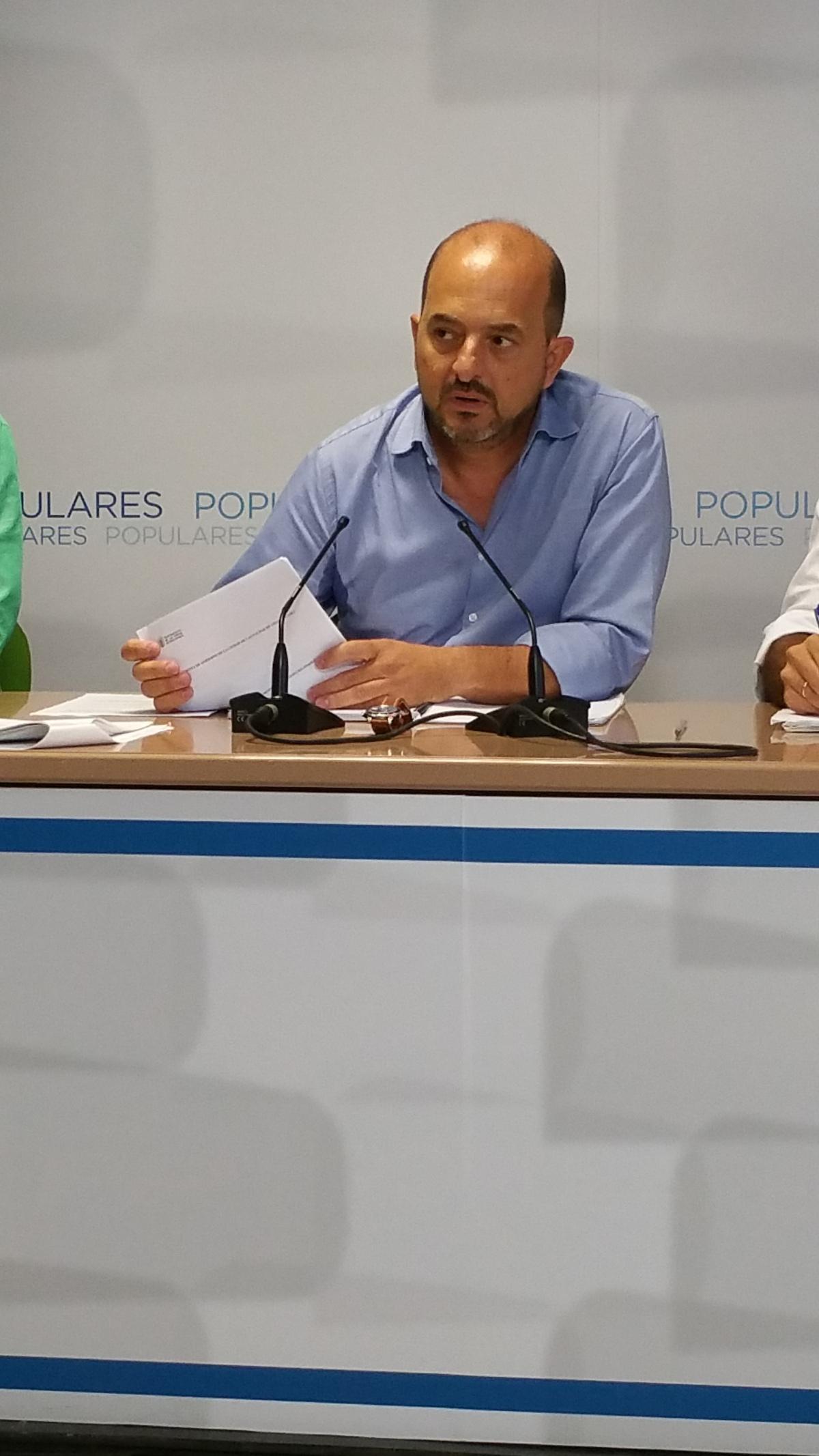 Cardona solicita a Hidalgo que aclare si va a presentar alegaciones a la Ordenanza que regula la nueva desmesurada Tasa de Tratamiento de Residuos impuesta por elCabildo