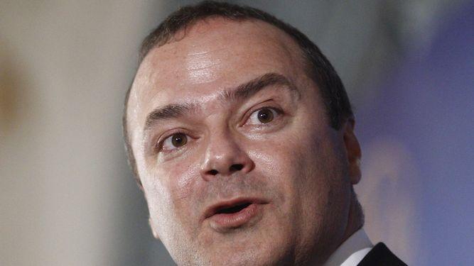 Cardona lamenta el trato que el Tripartito está dispensando al Jefe de Bomberos y exige unarectificación
