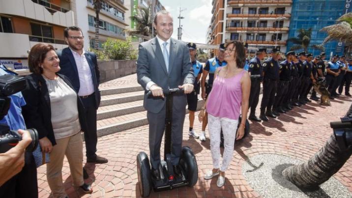 """Cardona anima al Tripartito a priorizar las necesidades en materia de seguridad  y apartar los """"experimentos"""" con caballos y'segways'"""