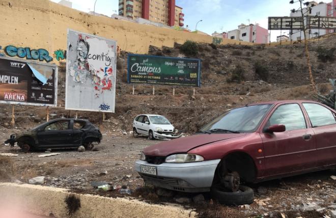 El PP solicita al Tripartito que procure por la imagen de la ciudad y retire los coches abandonados en el Barranquillo DonZoilo