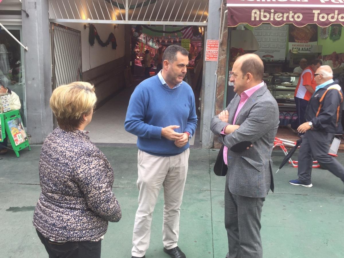 El PP solicita a Quevedo que apueste por los Mercados Municipales e implante una nueva señalética en el entorno del Acuario hacia el Mercado delPuerto