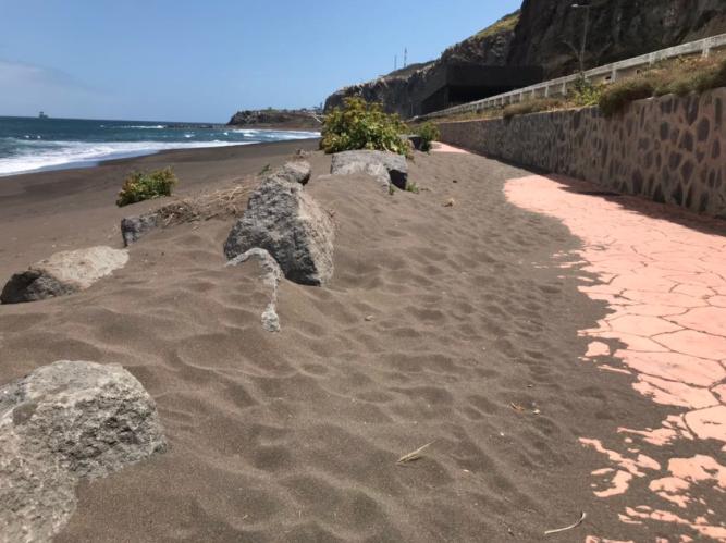 El PP solicita al Tripartito la puesta a punto de la Playa de La Laja para evitar que un año más en temporada estival los usuarios sufran las inclemencias de un gobiernoincumplidor