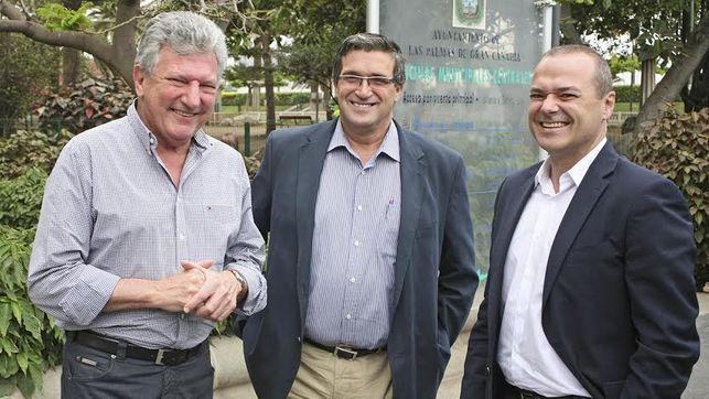 Cardona advierte que la improvisación del Tripartito arruinará la unión Vegueta- Triana como ha ocurrido con laMetroguagua